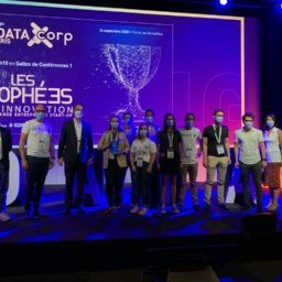 Total Direct Energie remporte le trophée de l'innovation PME/grande entreprise avec datakili au salon Big Data & AI Paris
